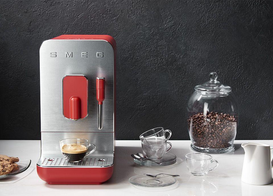 LA MACHINE à CAFé AVEC BROYEUR INTéGRé POUR UN CAFé PERSONNALISé