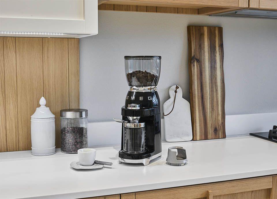 LE BROYEUR à CAFé