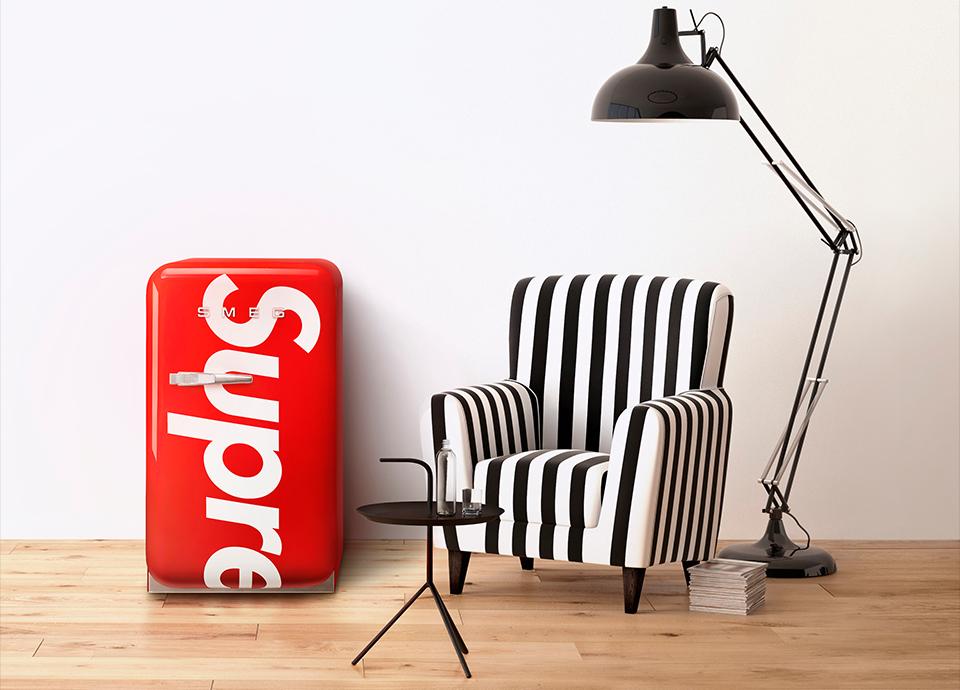 Mini bar SMEG FAB5 rouge en collaboration avec Supreme