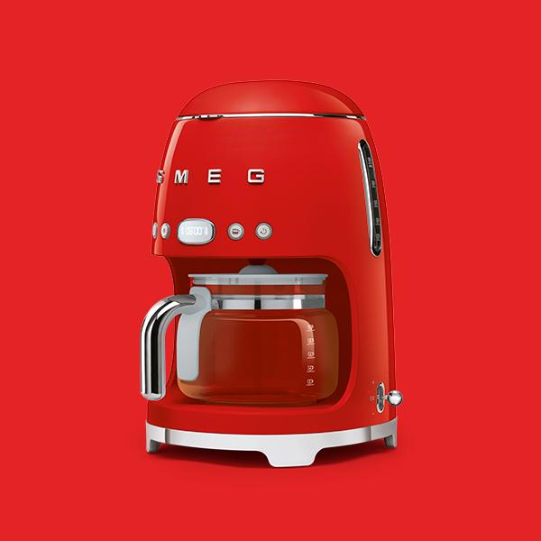 Espresso- & Filter-Kaffeemaschinen von Smeg