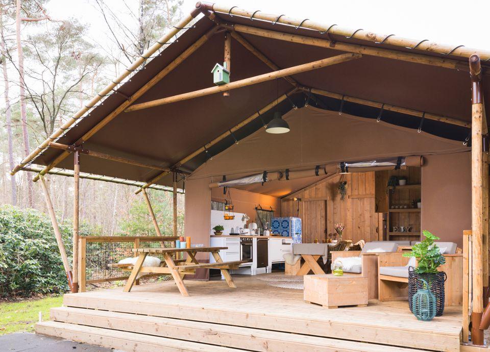 SMEG Lodge