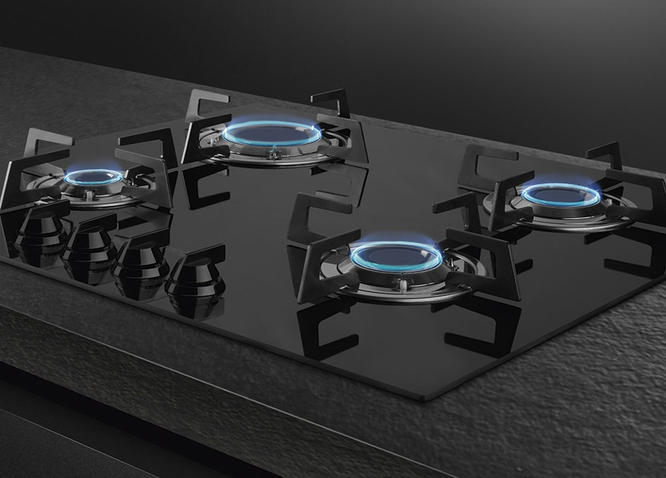 Blade flame cooktops