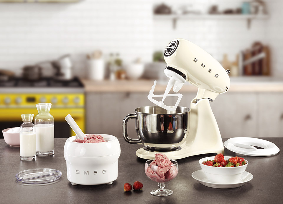 GET THE MOST FROM YOUR STAND MIXER