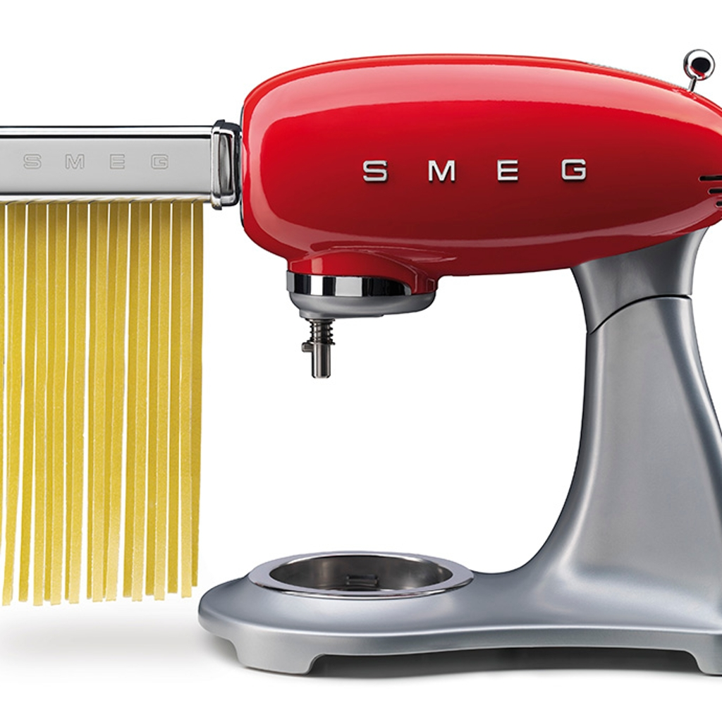 Pasta roller and cutter set