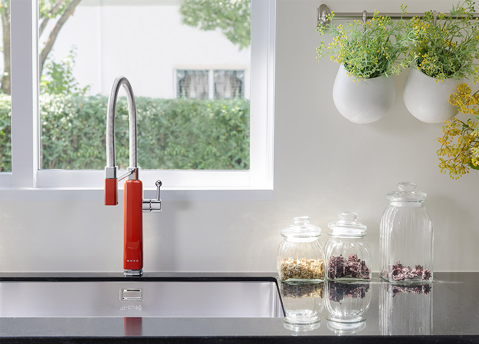 Complete your kitchen with a sink and tap
