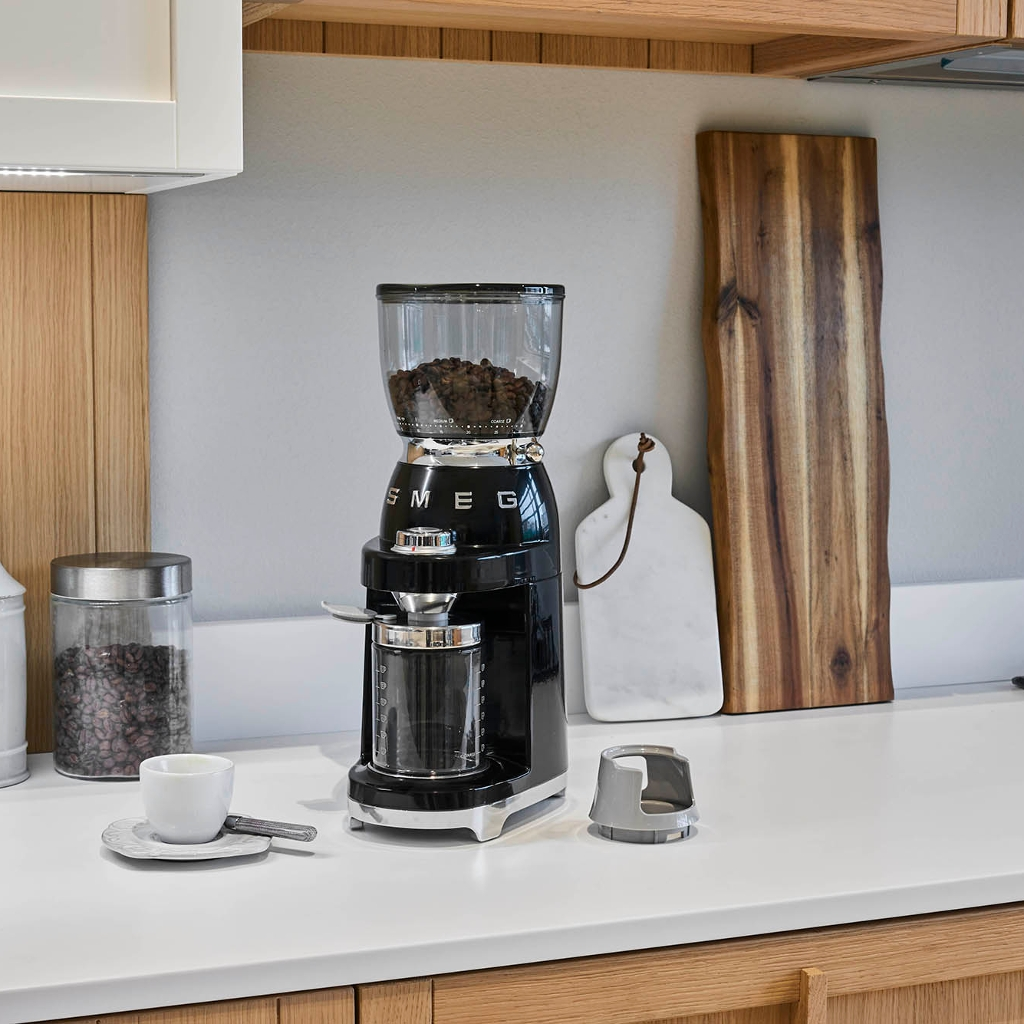 NEW COFFEE GRINDER FOR SERIOUS COFFEE FANS