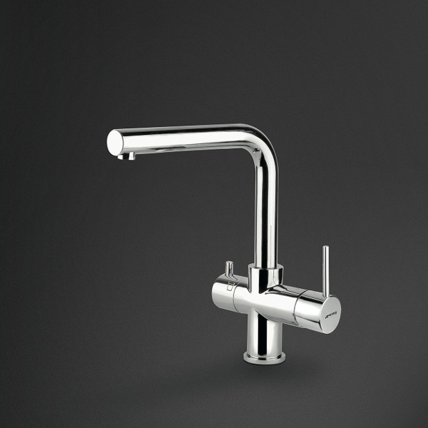 Single lever filtered water taps