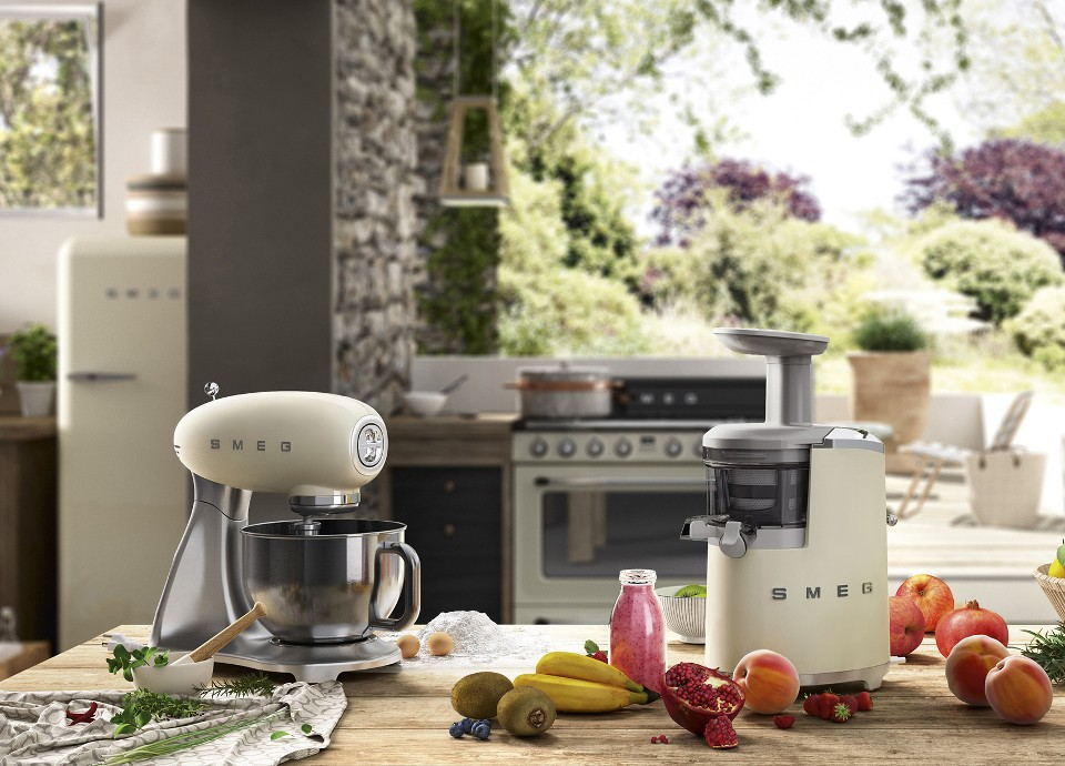 Smeg 50's style small domestic appliances