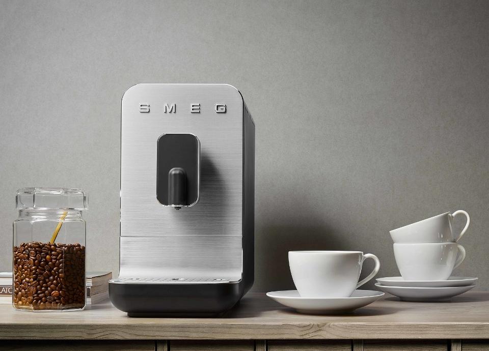Machines à café avec broyeur intégré BCC02 Noir mat