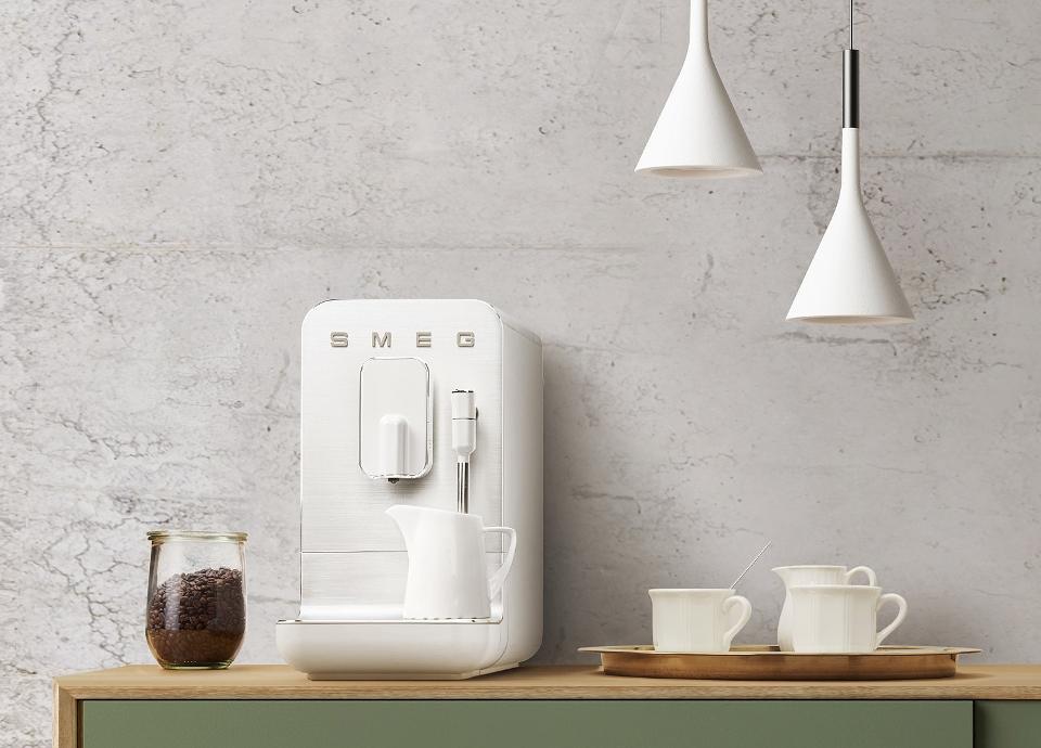 Machines à café avec broyeur intégré BCC02 Blanc mat