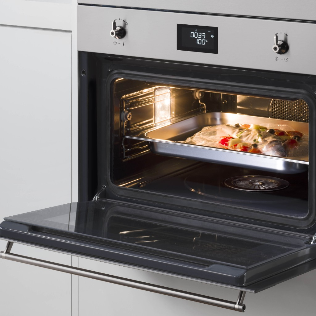 COOKING WITH THE NEW SMEG STEAM OVENS