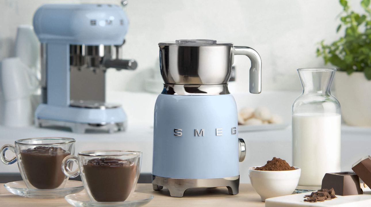 NEW SMEG MILK FROTHER